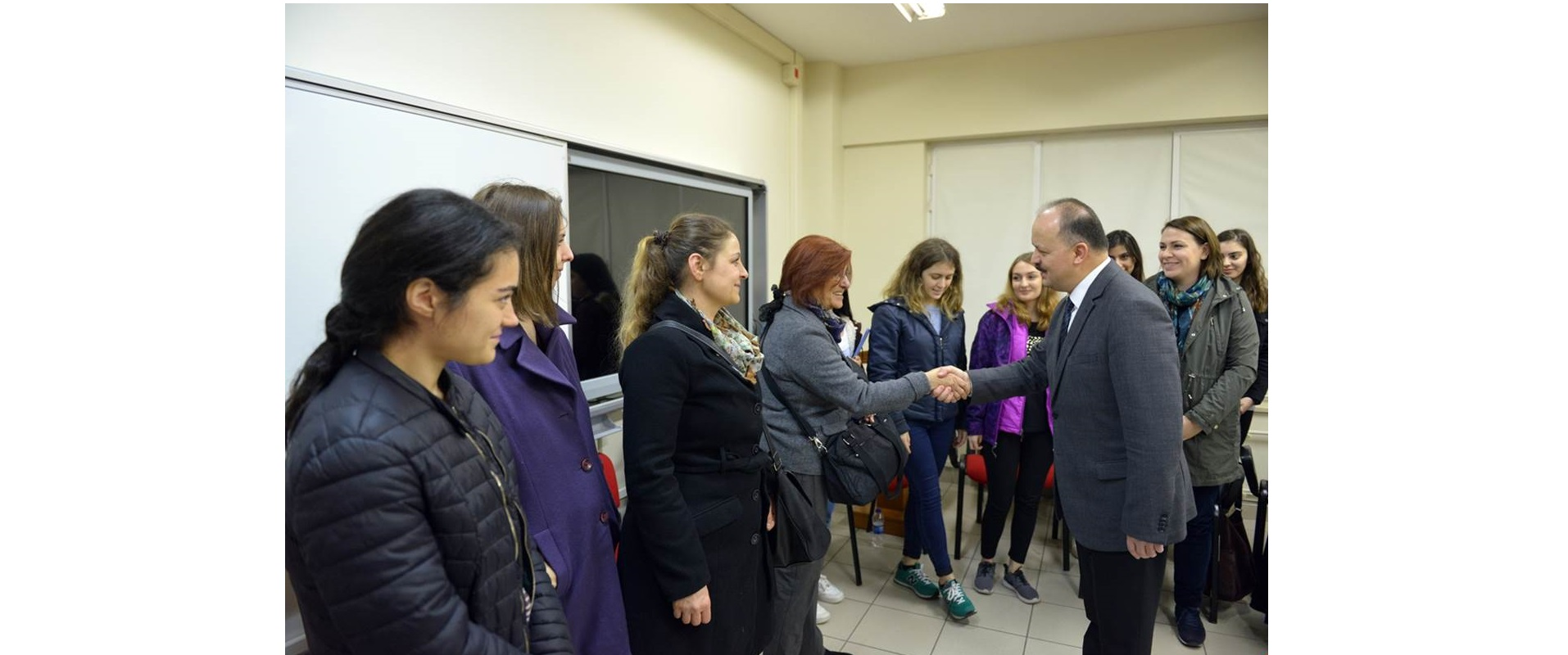 "Maltepe Governor Mr. Dallı Paid Visit to Project ""Students From Secondary School to University All in Together"""